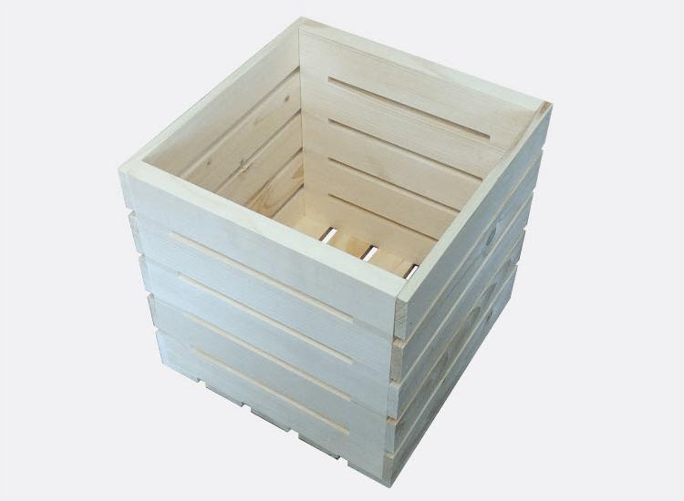 Dřevěná bedýnka 30 x 30 x 30 cm (Hana)