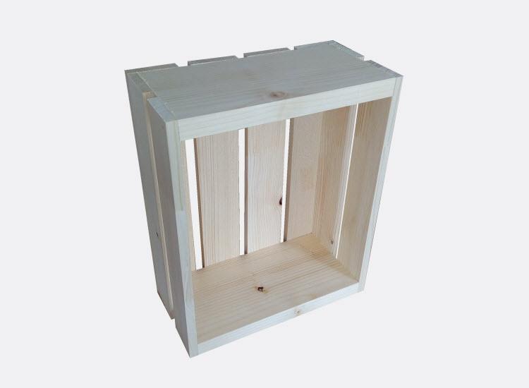 Dřevěná bedýnka 30 x 25 x 13 cm (Patricie)