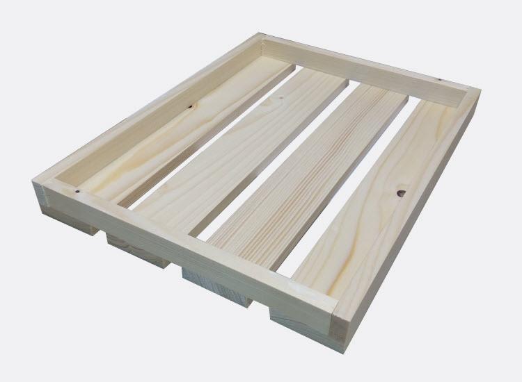 Nízká dřevěná bedýnka 32 x 24 x 3 cm (Olga)