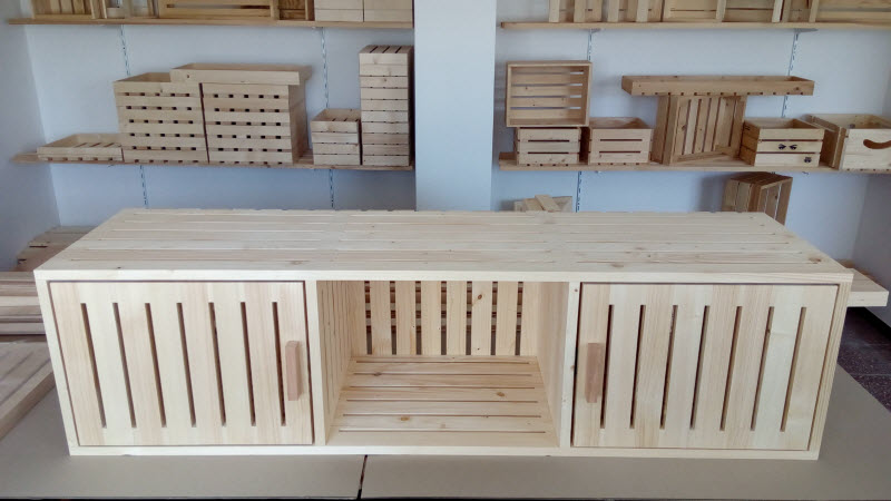 Skříňka ve stylu dřevěné bedýnky